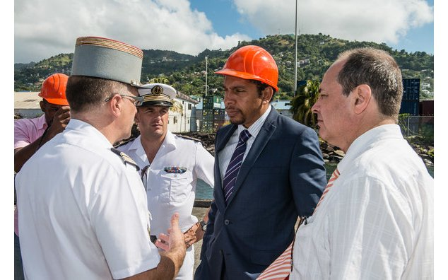 Interview of the Minister of Foreign Affairs, Mr. Camillo GONSALVES with Colonel Hervé de SOLAGES, Defence Attaché Non Resident in the presence of the Commander of the BATRAL Cyril REY and Jean-Luc MURE, Cultural Advisor and Regional Cooperation
